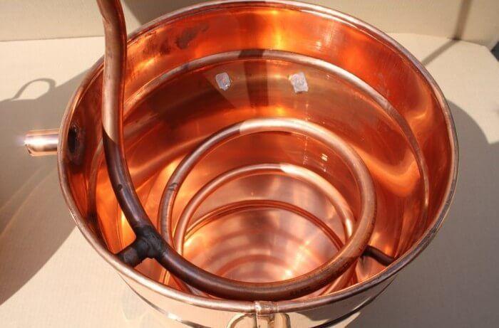 Медь - хороший материал для изготовления самогонных аппаратов.